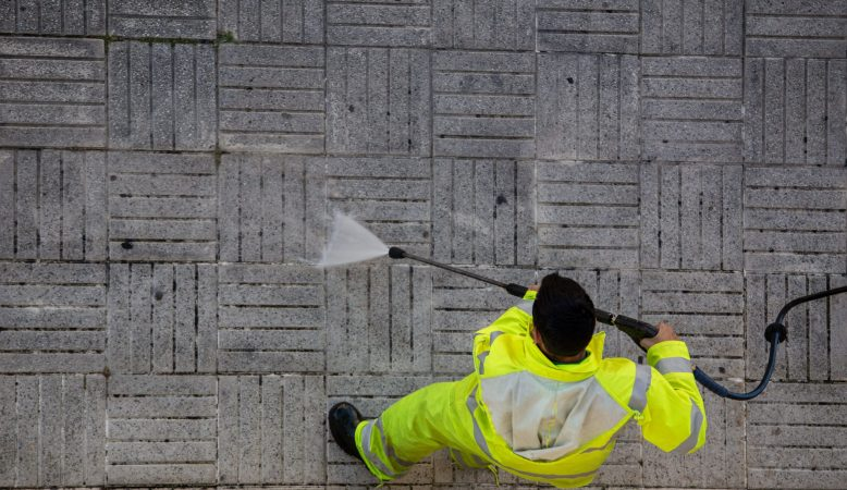 Pressure Washing Cleaning